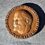 plaque-russisch-de-all-union-society-znaniye-met-lenin-hoofd-viering-30-jaar-in-1947-1977-5-medium_orig