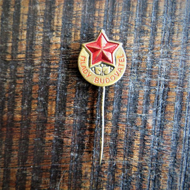 Pin Czechoslovakia Young Builder
