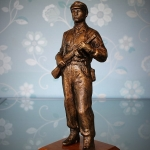 Statue Partisan (1)