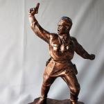 Statue Soviet Officer Attacking (1)