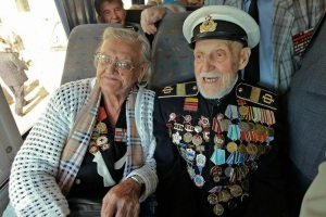 00-russia-victory-day-vets-300417