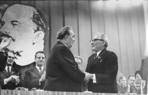 Berlin, VIII. SED-Parteitag, Breshnew, Honecker