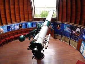 12-inch-telescope-refractor