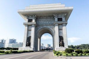 Arch-of-Triumph-Pyongyang-2