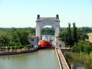 Первый-Шлюз-Волго-Донского-Судоходного-Канала