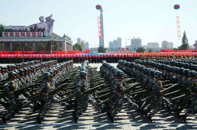 north-korea-military-parade-2-ap-jt-180909_hpEmbed_3x2_992