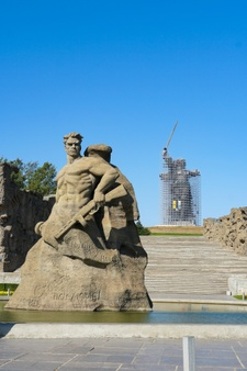 russia-volgograd-historical-memorial-complex-monument-called-stand-death_120579-3