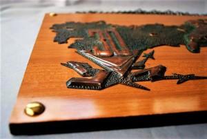 Memorial shield WWII (3)