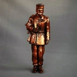 Statue border guard ak-47 (1)