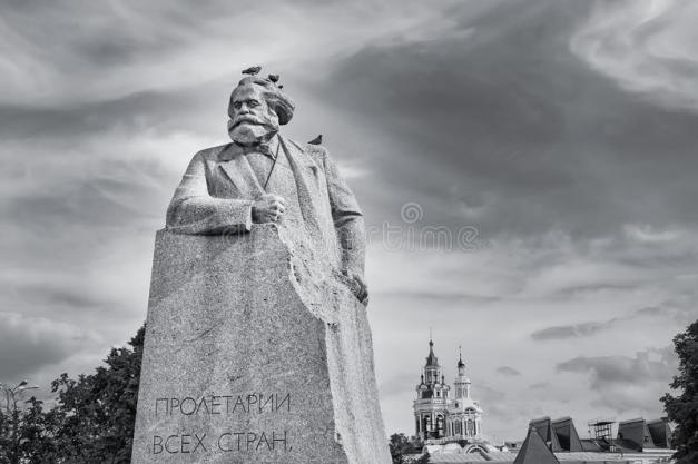 karl-marx-statue-moscow-russia-birds-moscow-russia-june-karl-marx-statue-birds-dramatic-black-white-137783573