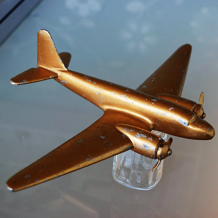 Model Douglas DC-3 (7)