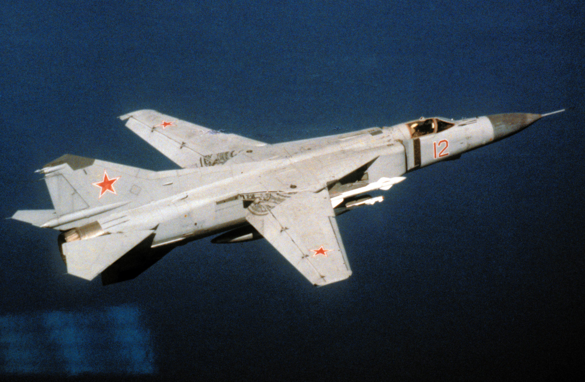 mig-23-red12_0
