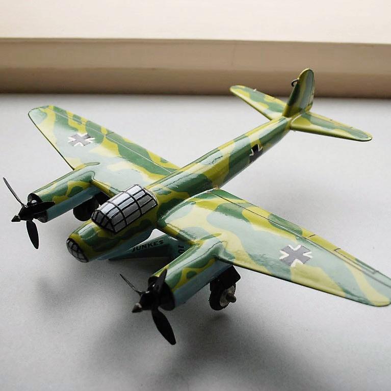 Model Plane Junkers Ju-88 (1)