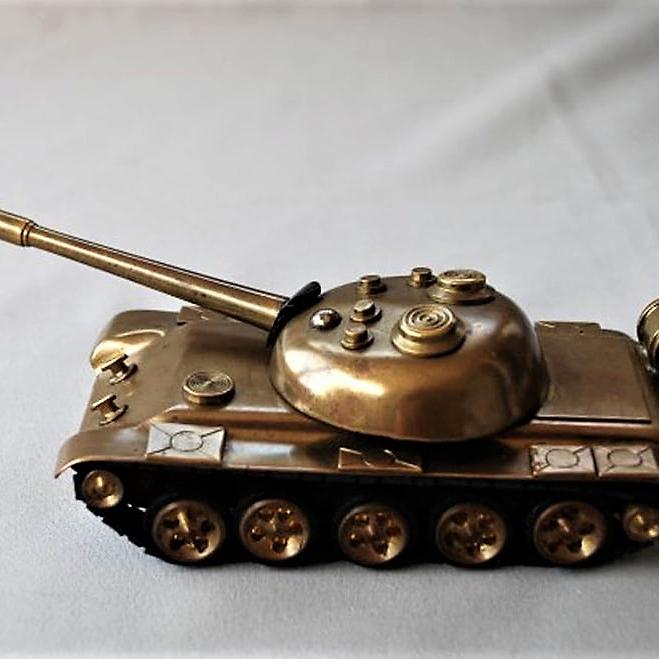 Tank Model Handmade (2)