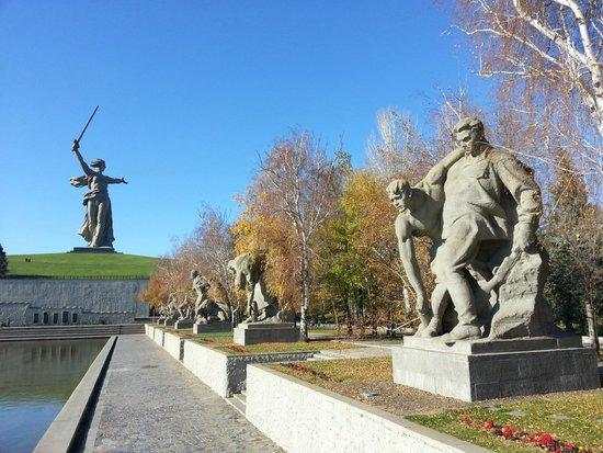 mamaev-kurgan-memorial