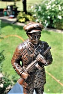 Statue North Korea Soldier (2)