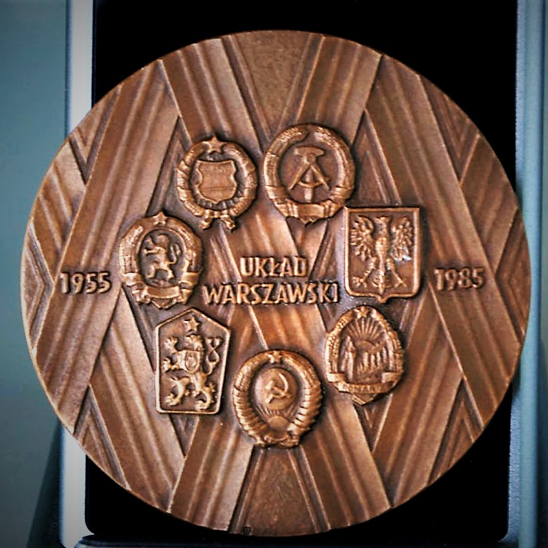 Table Medal Warsaw Pact 1985 (1)