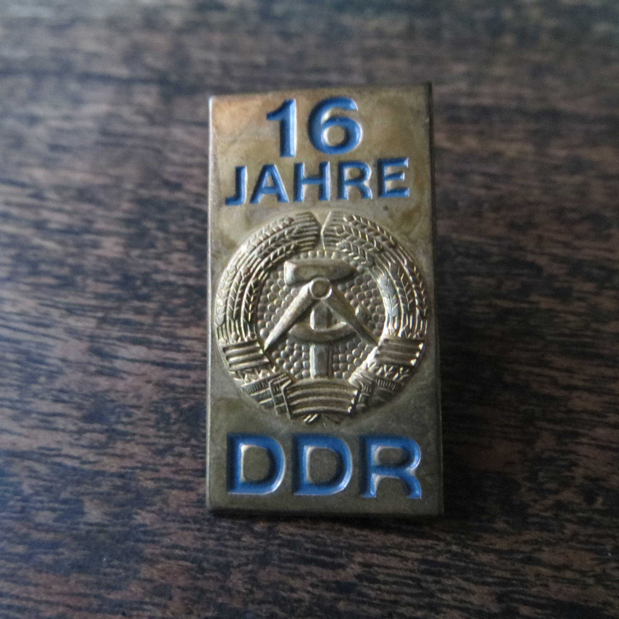 Pin DDR 16 Years (1)